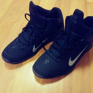 Men's Nike Air Visi Pro 4 Sneakers